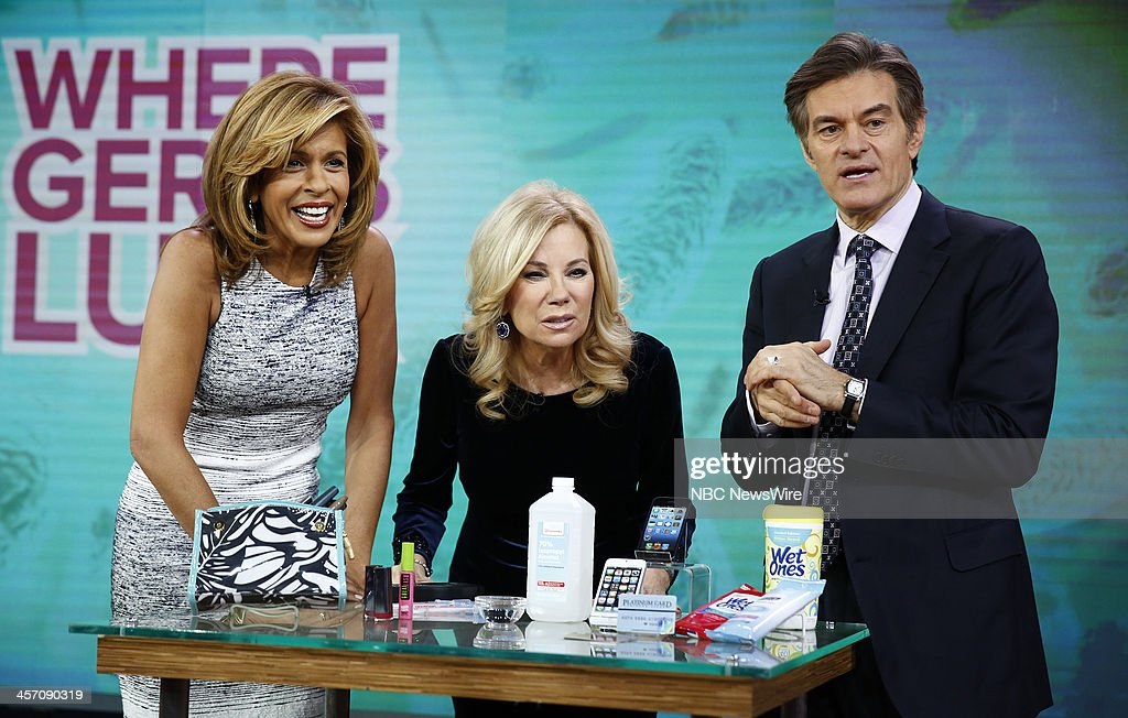 <a gi-track='captionPersonalityLinkClicked' href=/galleries/search?phrase=Hoda+Kotb&family=editorial&specificpeople=2338013 ng-click='$event.stopPropagation()'>Hoda Kotb</a>, <a gi-track='captionPersonalityLinkClicked' href=/galleries/search?phrase=Kathie+Lee+Gifford&family=editorial&specificpeople=203269 ng-click='$event.stopPropagation()'>Kathie Lee Gifford</a> and Dr. <a gi-track='captionPersonalityLinkClicked' href=/galleries/search?phrase=Mehmet+Oz&family=editorial&specificpeople=4175862 ng-click='$event.stopPropagation()'>Mehmet Oz</a> appear on NBC News' 'Today' show --