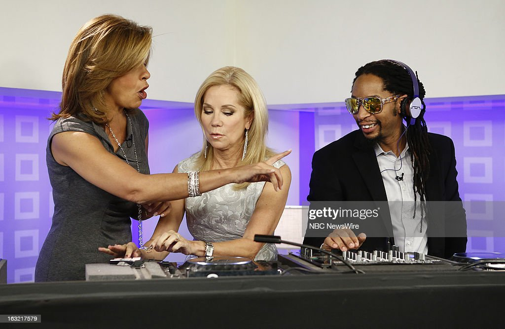 <a gi-track='captionPersonalityLinkClicked' href=/galleries/search?phrase=Hoda+Kotb&family=editorial&specificpeople=2338013 ng-click='$event.stopPropagation()'>Hoda Kotb</a>, <a gi-track='captionPersonalityLinkClicked' href=/galleries/search?phrase=Kathie+Lee+Gifford&family=editorial&specificpeople=203269 ng-click='$event.stopPropagation()'>Kathie Lee Gifford</a> and L'il Jon appear on NBC News' 'Today' show --