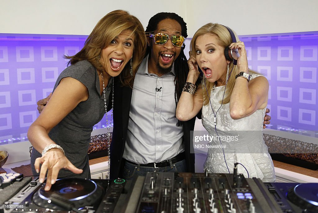 <a gi-track='captionPersonalityLinkClicked' href=/galleries/search?phrase=Hoda+Kotb&family=editorial&specificpeople=2338013 ng-click='$event.stopPropagation()'>Hoda Kotb</a>, L'il Jon and <a gi-track='captionPersonalityLinkClicked' href=/galleries/search?phrase=Kathie+Lee+Gifford&family=editorial&specificpeople=203269 ng-click='$event.stopPropagation()'>Kathie Lee Gifford</a> appear on NBC News' 'Today' show --
