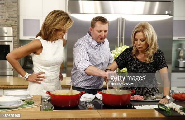 Nbc 39 s today season 63 photos and images getty images - Nbc today show kathie lee and hoda ...
