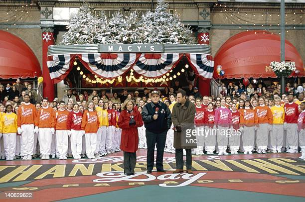 Host Katie Couric New York Mayor Rudolph Giuliani host Matt Lauer during the 2001 Macy's Thanksgiving Day Parade Photo by Eric Liebowitz/NBCU Photo...