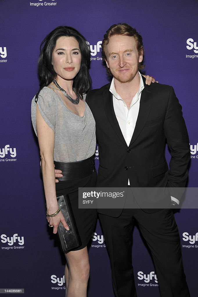 <a gi-track='captionPersonalityLinkClicked' href=/galleries/search?phrase=Jaime+Murray+-+Actress&family=editorial&specificpeople=217455 ng-click='$event.stopPropagation()'>Jaime Murray</a> and <a gi-track='captionPersonalityLinkClicked' href=/galleries/search?phrase=Tony+Curran&family=editorial&specificpeople=626484 ng-click='$event.stopPropagation()'>Tony Curran</a> arrive at 'Syfy Upfront 2012 at the American Museum of Natural History in New York City on April 24, 2012' --