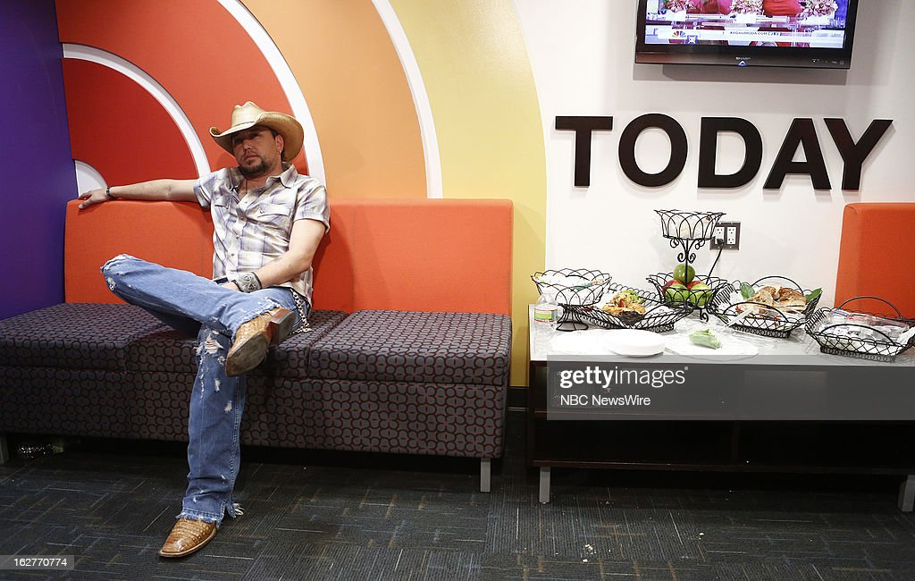 <a gi-track='captionPersonalityLinkClicked' href=/galleries/search?phrase=Jason+Aldean&family=editorial&specificpeople=619221 ng-click='$event.stopPropagation()'>Jason Aldean</a> appears on NBC News' 'Today' show --