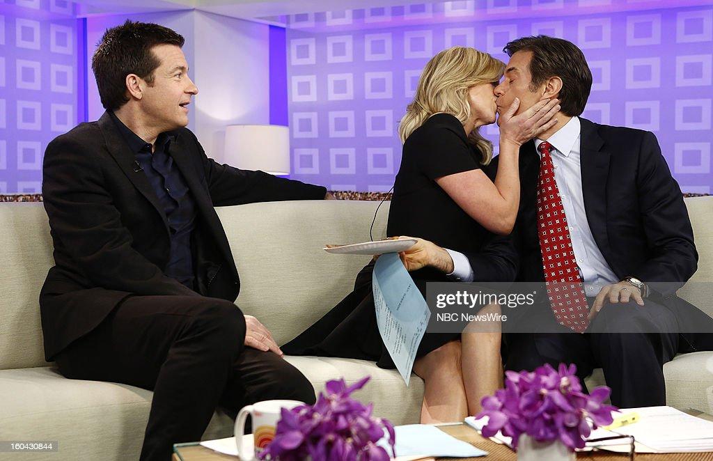 Jason Bateman, Jane Krakowski and Dr. Mehmet Oz appear on NBC News' 'Today' show --