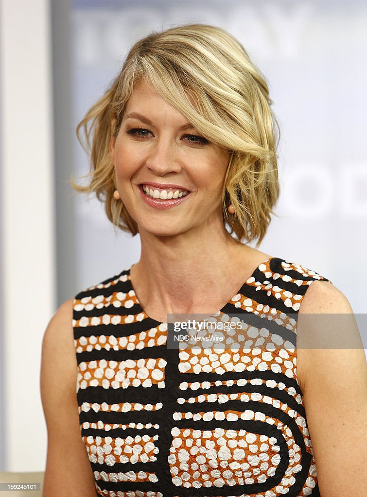 <a gi-track='captionPersonalityLinkClicked' href=/galleries/search?phrase=Jenna+Elfman&family=editorial&specificpeople=204782 ng-click='$event.stopPropagation()'>Jenna Elfman</a> appears on NBC News' 'Today' show --