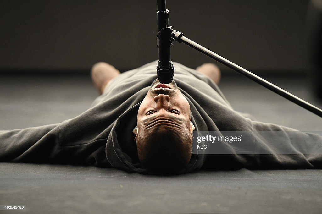 <a gi-track='captionPersonalityLinkClicked' href=/galleries/search?phrase=Kanye+West+-+Musician&family=editorial&specificpeople=201803 ng-click='$event.stopPropagation()'>Kanye West</a> performs on February 15, 2015 --