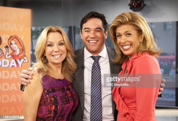 Kathie lee gifford dean cain and hoda kotb appear on nbc - Nbc today show kathie lee and hoda ...