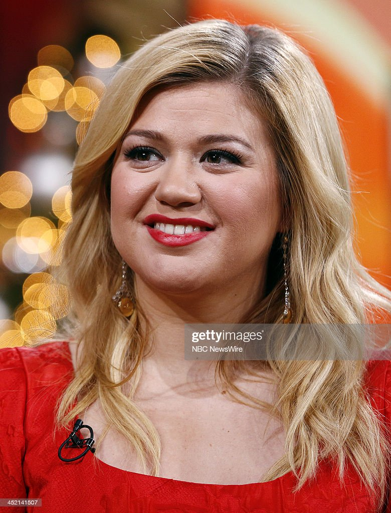 <a gi-track='captionPersonalityLinkClicked' href=/galleries/search?phrase=Kelly+Clarkson&family=editorial&specificpeople=201555 ng-click='$event.stopPropagation()'>Kelly Clarkson</a> appears on NBC News' 'Today' show --