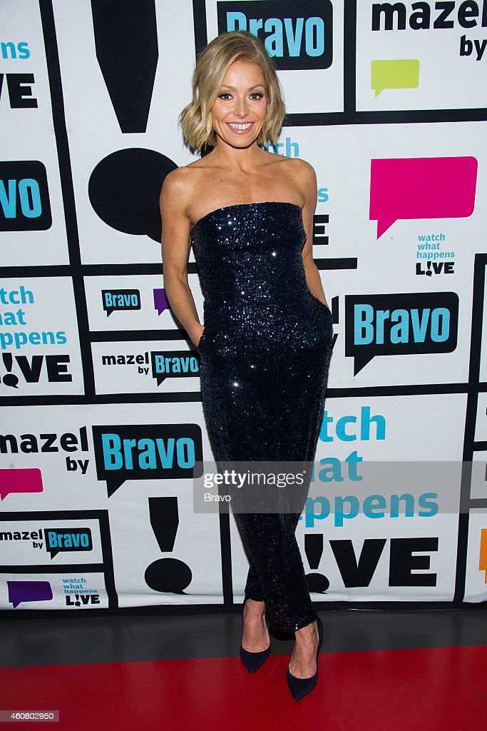 <a gi-track='captionPersonalityLinkClicked' href=/galleries/search?phrase=Kelly+Ripa&family=editorial&specificpeople=202134 ng-click='$event.stopPropagation()'>Kelly Ripa</a> --