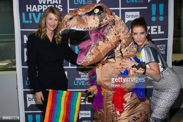 Laura Dern and Kate Walsh