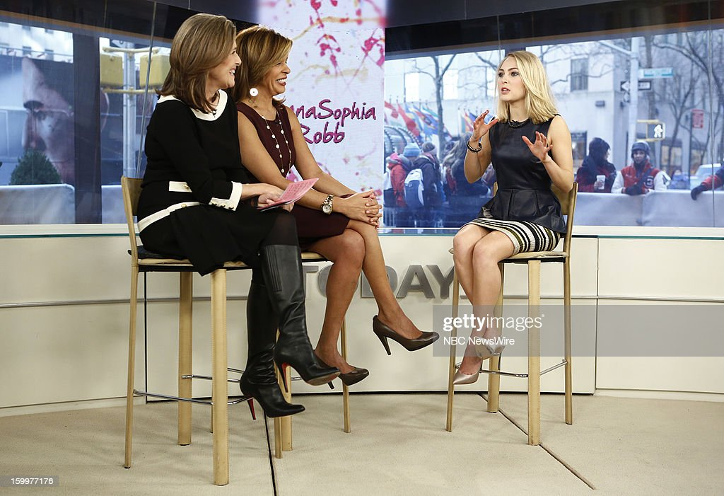 <a gi-track='captionPersonalityLinkClicked' href=/galleries/search?phrase=Meredith+Vieira&family=editorial&specificpeople=217718 ng-click='$event.stopPropagation()'>Meredith Vieira</a>, <a gi-track='captionPersonalityLinkClicked' href=/galleries/search?phrase=Hoda+Kotb&family=editorial&specificpeople=2338013 ng-click='$event.stopPropagation()'>Hoda Kotb</a> and <a gi-track='captionPersonalityLinkClicked' href=/galleries/search?phrase=AnnaSophia+Robb&family=editorial&specificpeople=674007 ng-click='$event.stopPropagation()'>AnnaSophia Robb</a> appear on NBC News' 'Today' show --