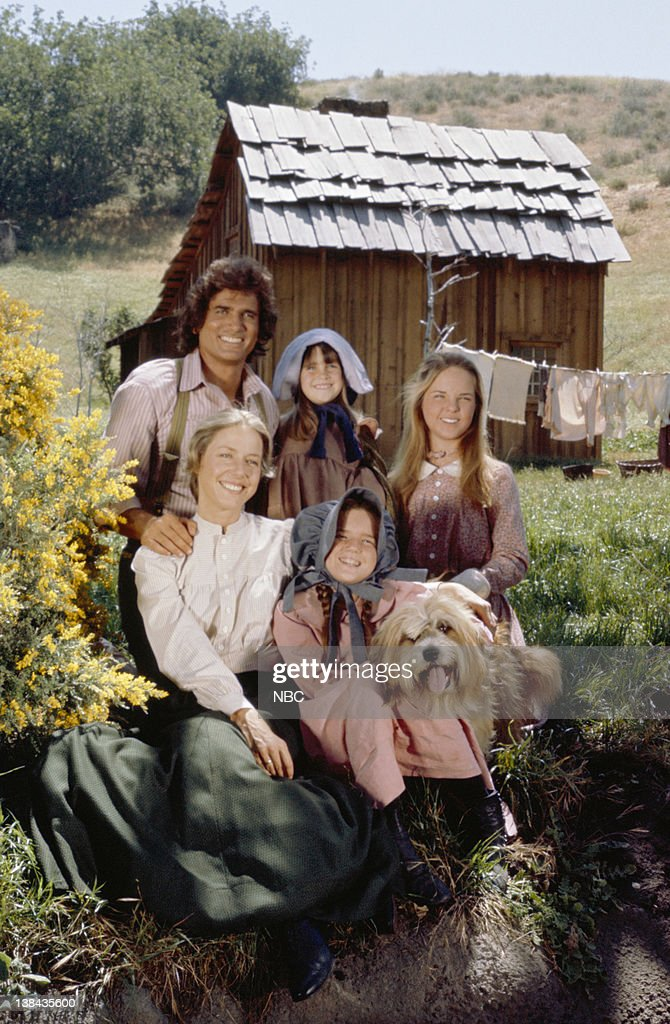 Michael Landon as Charles Philip Ingalls, Lindsay/Sidney Greenbush as Carrie Ingalls, Melissa Sue Anderson as Mary Ingalls (bottom row l-r) Karen Grassle as Caroline Quiner Holbrook Ingalls, Melissa Gilbert as Laura Ingalls, Jack the dog