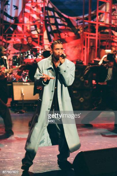 Musician Ginuwine performing on April 30 1999