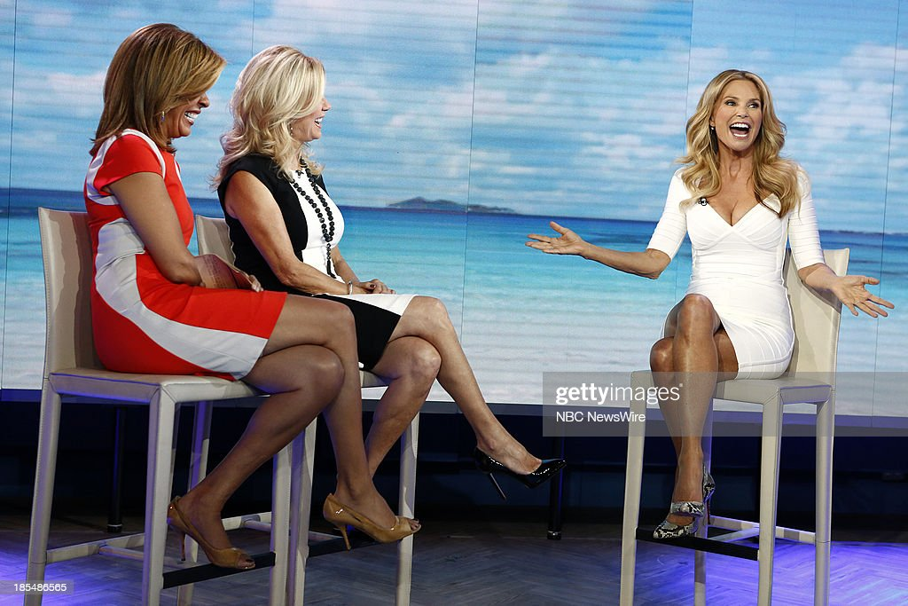 NBC News' <a gi-track='captionPersonalityLinkClicked' href=/galleries/search?phrase=Hoda+Kotb&family=editorial&specificpeople=2338013 ng-click='$event.stopPropagation()'>Hoda Kotb</a>, <a gi-track='captionPersonalityLinkClicked' href=/galleries/search?phrase=Kathie+Lee+Gifford&family=editorial&specificpeople=203269 ng-click='$event.stopPropagation()'>Kathie Lee Gifford</a> and model <a gi-track='captionPersonalityLinkClicked' href=/galleries/search?phrase=Christie+Brinkley&family=editorial&specificpeople=204151 ng-click='$event.stopPropagation()'>Christie Brinkley</a> appear on NBC News' 'Today' show on October 21, 2013 --