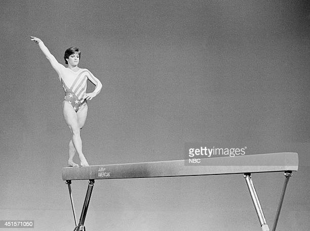 Olympic gymnast Mary Lou Retton performs on August 8 1984