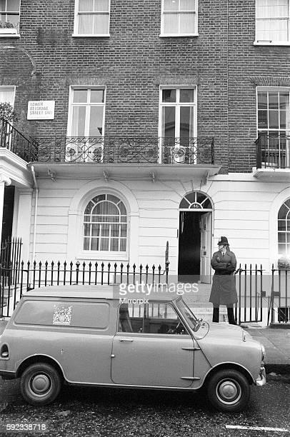 Police Officer outside 46 Lower Belgrave Street SW1 London where estranged wife Lady Lucan and children lived Richard John Bingham 7th Earl of Lucan...