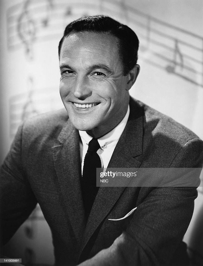 Portrait session with dancer/actor Gene Kelly -- Photo by: Elmer Holloway/NBCU Photo Bank
