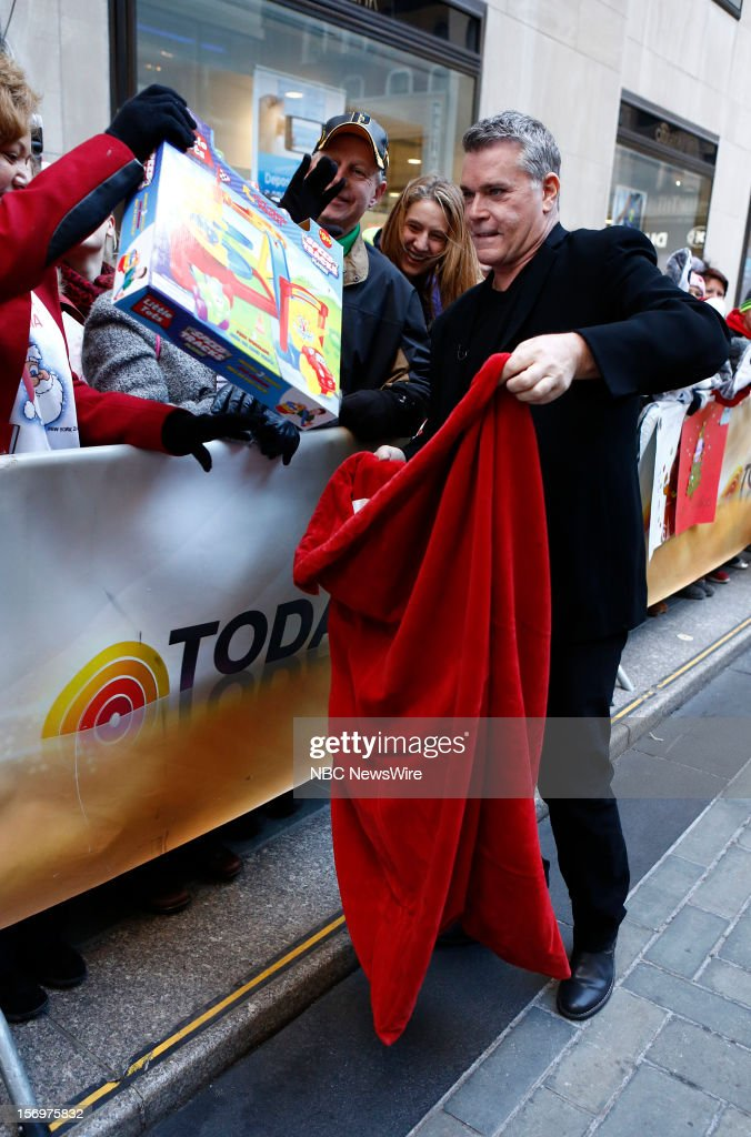 <a gi-track='captionPersonalityLinkClicked' href=/galleries/search?phrase=Ray+Liotta&family=editorial&specificpeople=211136 ng-click='$event.stopPropagation()'>Ray Liotta</a> appears on NBC News' 'Today' show --