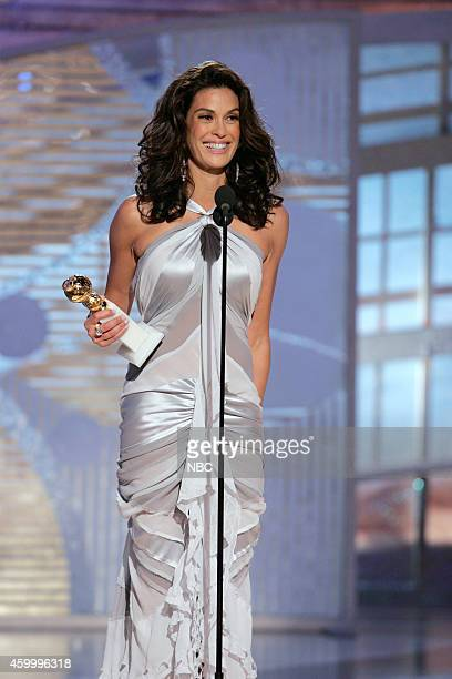 Teri Hatcher accepts the award for Best Performance by an Actress in a Television Series Musical or Comedy for 'Desperate Housewives' at the 62nd...
