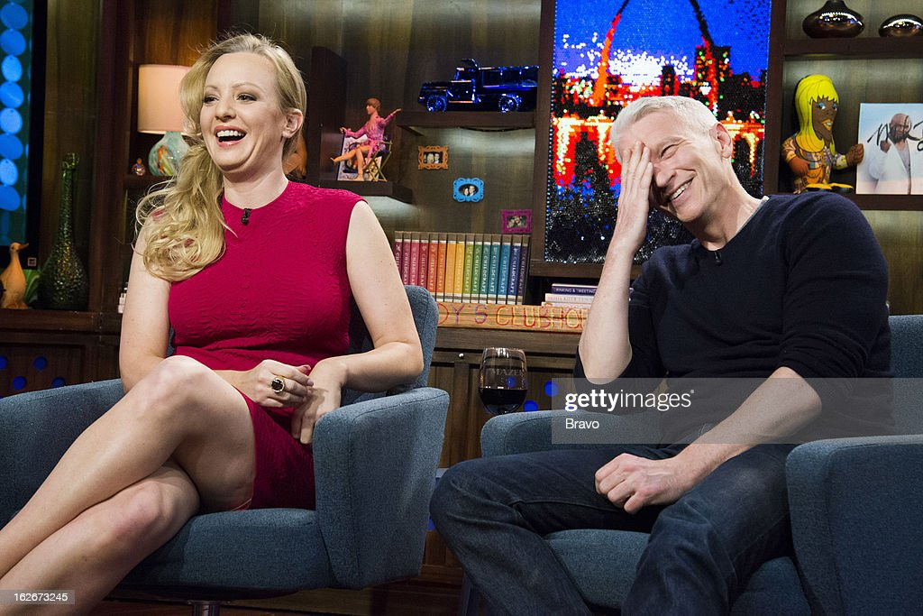 Wendi McLendon-Covey and Anderson Cooper -- Photo by: Charles Sykes/Bravo/NBCU Photo Bank via Getty Images