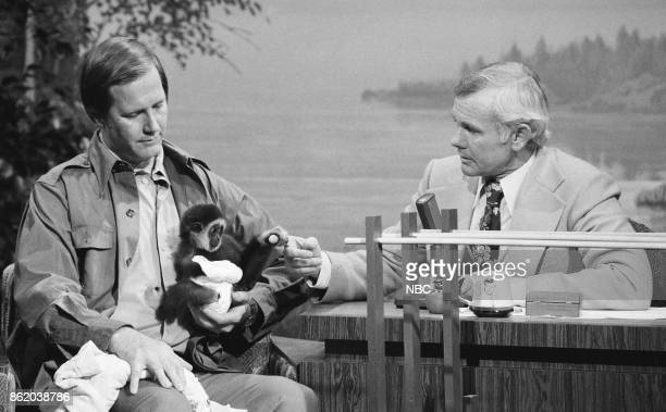 Zoologist Jim Fowler during an interview with host Johnny Carson on May 11 1977