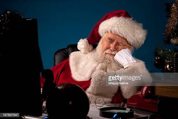 Des photos de vrais Santa Claus faire une sieste