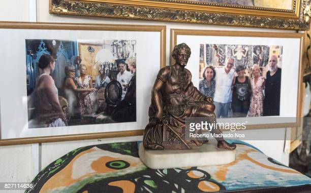 Pictures with Jill Biden when visiting the house of Ileana Sanchez and Joel Jover The Cuban artists collect old objects and their house is a tourist...