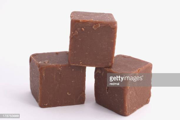 Morceaux de caramel demande