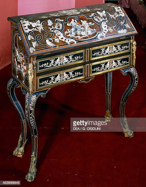 Piedmont writing desk inlaid with ivory tortoise shell and mother of pearl made in Turin by Pietro Piffetti Italy 18th century