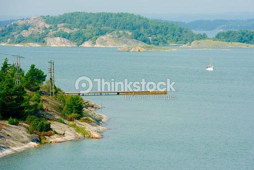 pier and fishing boat ストックフォト thinkstock