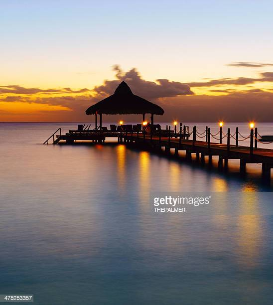 Jetée de la plage dans les Caraïbes