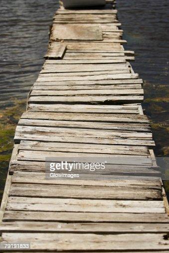 Pier in the sea, Providencia y Santa Catalina, San Andres y Providencia Department, Colombia : Foto de stock
