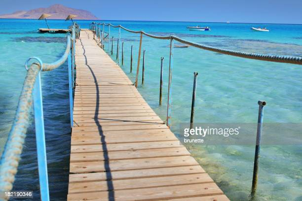 Pier to turquoise