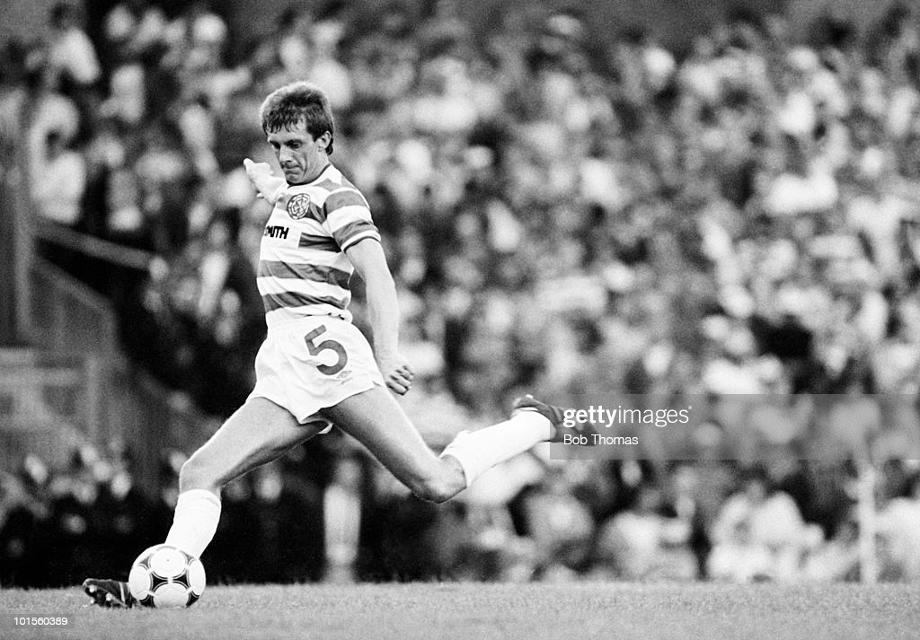 Pierce O'Leary of Celtic in action against Arsenal during a pre-season friendly match held at Highbury, London on 5th August 1986. Celtic beat Arsenal 2-0. (Bob Thomas/Getty Images).