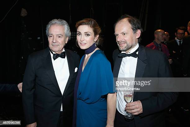Pierre Arditi Julie Gayet and Denis Podalydes pose backstage during the 40th Cesar Film Awards 2015 at Theatre du Chatelet on February 20 2015 in...