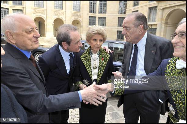 Pierre Berge Bertrand Delanoe Permanent Secretary of the 'French Academy' Helene Carrere d'Encausse Jacques Chirac and an Academician attend the...
