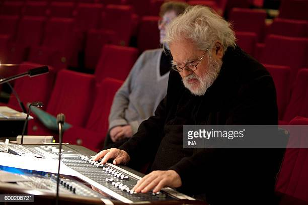 Pierre Henry in the sound mixing console before its concert given to the Multitelephonies of the GRM