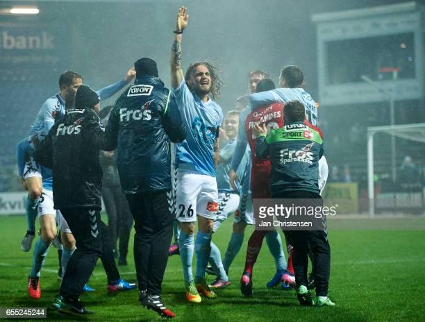Pierre Kanstrup of SonderjyskE and teammates celebrates after the Danish Alka Superliga match between SonderjyskE and Randers FC at Sydbank Park on...