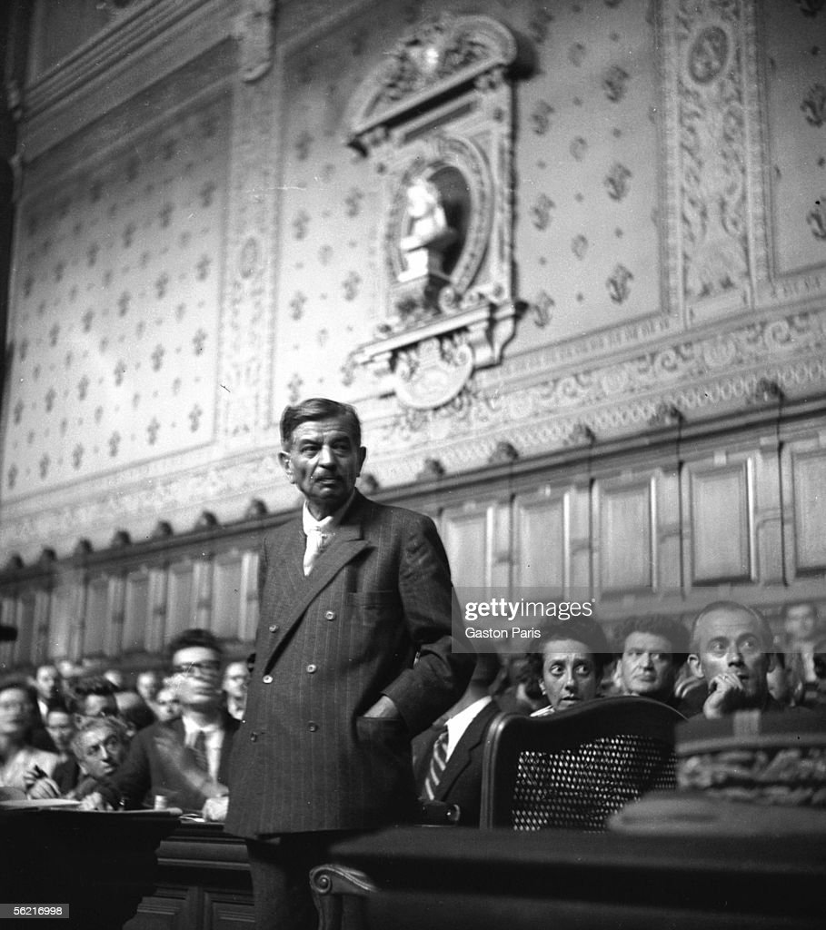 Pierre Laval testifying at Marechal Petain's trial. On the right : Josph Kessel and Madeleine Jacob. Paris, 1955.