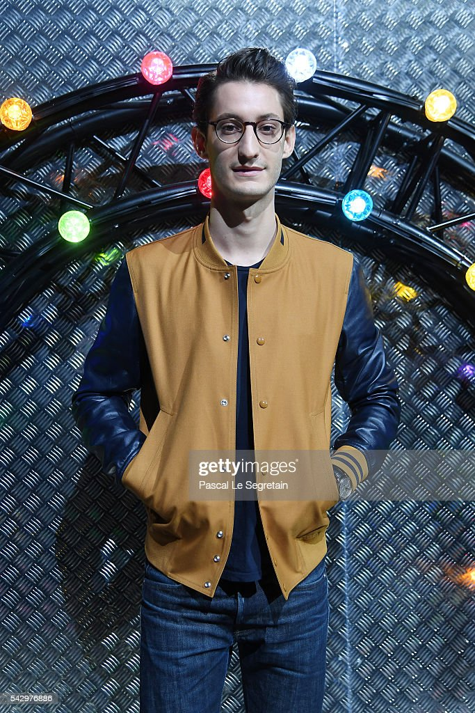 Pierre Niney attends the Dior Homme Menswear Spring/Summer 2017 show as part of Paris Fashion Week on June 25, 2016 in Paris, France.