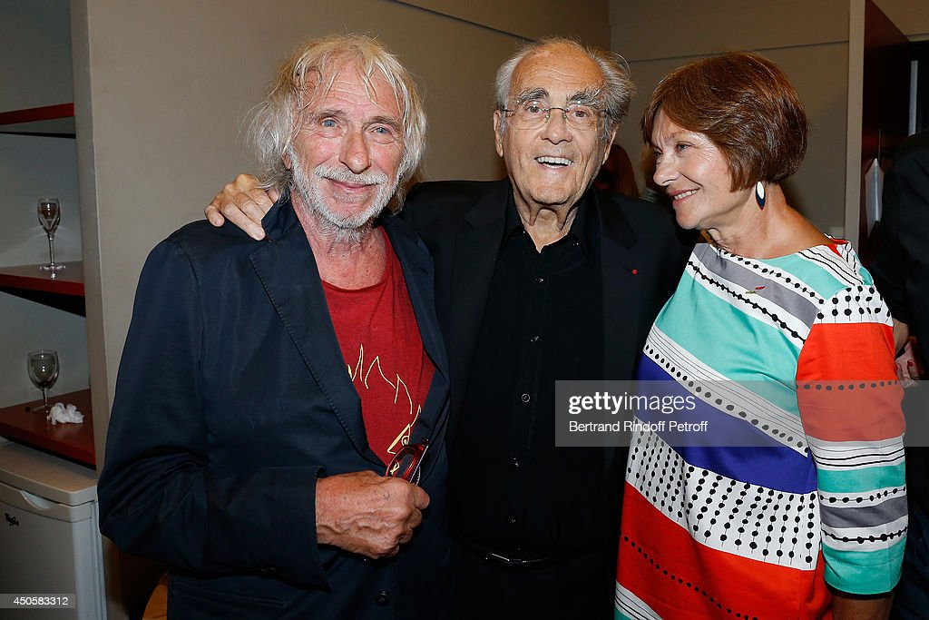 <a gi-track='captionPersonalityLinkClicked' href=/galleries/search?phrase=Pierre+Richard+-+Actor&family=editorial&specificpeople=14600170 ng-click='$event.stopPropagation()'>Pierre Richard</a>, <a gi-track='captionPersonalityLinkClicked' href=/galleries/search?phrase=Michel+Legrand&family=editorial&specificpeople=2004179 ng-click='$event.stopPropagation()'>Michel Legrand</a> and <a gi-track='captionPersonalityLinkClicked' href=/galleries/search?phrase=Macha+Meril&family=editorial&specificpeople=672802 ng-click='$event.stopPropagation()'>Macha Meril</a> pose after the one man show of <a gi-track='captionPersonalityLinkClicked' href=/galleries/search?phrase=Pierre+Richard+-+Actor&family=editorial&specificpeople=14600170 ng-click='$event.stopPropagation()'>Pierre Richard</a> 'Le Vendredi 13 De <a gi-track='captionPersonalityLinkClicked' href=/galleries/search?phrase=Pierre+Richard+-+Actor&family=editorial&specificpeople=14600170 ng-click='$event.stopPropagation()'>Pierre Richard</a>' at L'Olympia on June 13, 2014 in Paris, France.