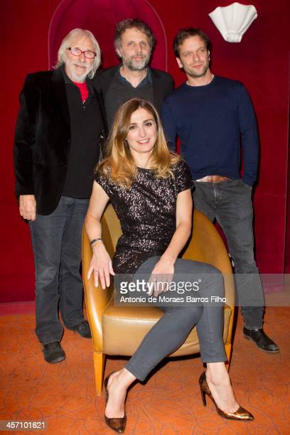 Pierre Richard Stephane Guillon Jonathan Zaccai and Julie Gayet attend 'Les Ames de Papier' Paris premiere at Cinema Gaumont Opera on December 16...