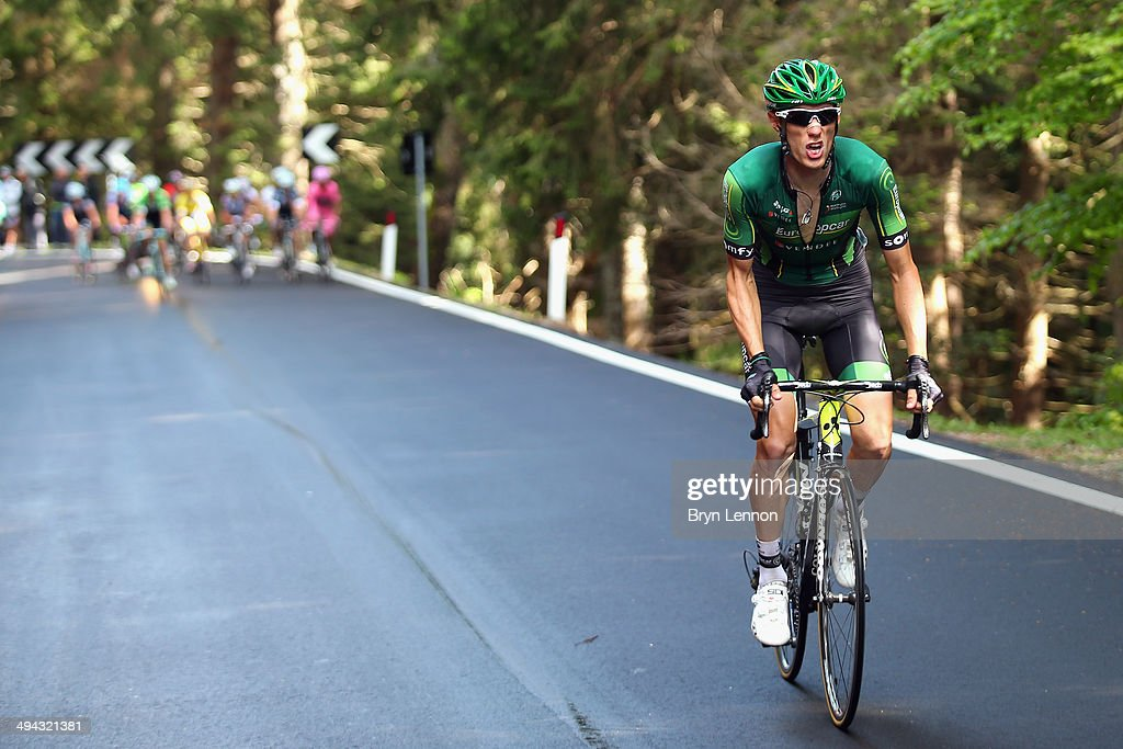 <a gi-track='captionPersonalityLinkClicked' href=/galleries/search?phrase=Pierre+Rolland&family=editorial&specificpeople=4112376 ng-click='$event.stopPropagation()'>Pierre Rolland</a> of France and Team Europcar in action during the eighteenth stage of the 2014 Giro d'Italia, a 171km high mountain stage between Belluno and Valsugana on May 29, 2014 in Belluno, Italy.