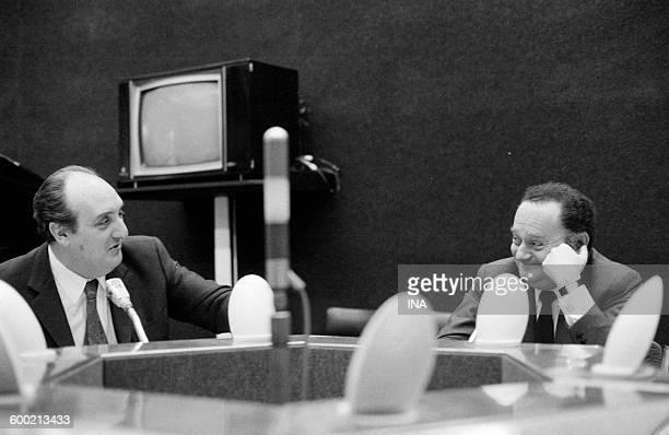 Pierre Tchernia and René Goscinny on the set Radioscopy