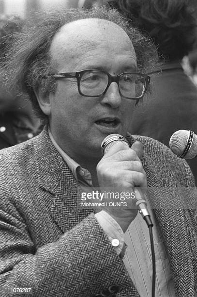Pierre Vidal Naquet in the demonstration against the meeting of Jean Marie Le Pen in France on June 14th 1984