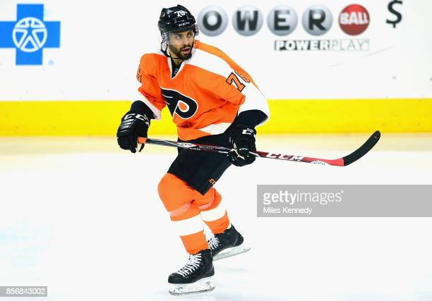 PierreEdouard Bellemare of the Philadelphia Flyers plays in the game against the New York Islanders at Wells Fargo Center on April 7 2015 in...