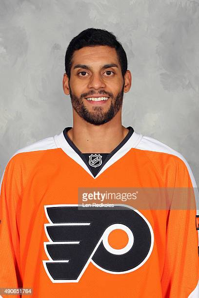 PierreEdouard Bellemare of the Philadelphia Flyers poses for his official headshot for the 20152016 season on September 18 2015 at the Virtua Flyers...