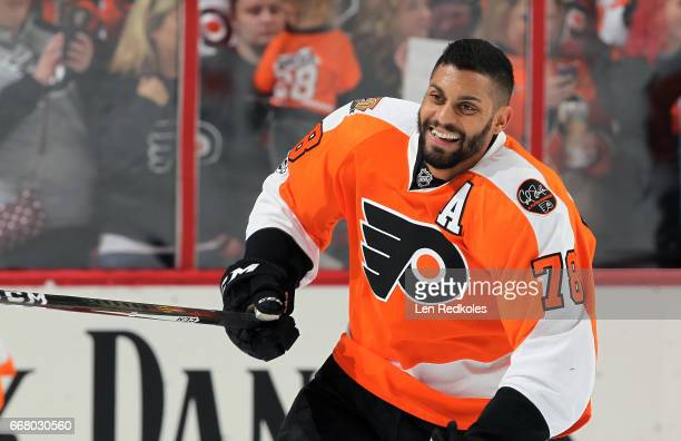 PierreEdouard Bellemare of the Philadelphia Flyers warms up prior to his game against the Columbus Blue Jackets on April 8 2017 at the Wells Fargo...