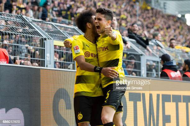 PierreEmerick Aubameyang of Borussia Dortmund celebrates after scoring the winning goal to the 43 during the Bundesliga match between Borussia...