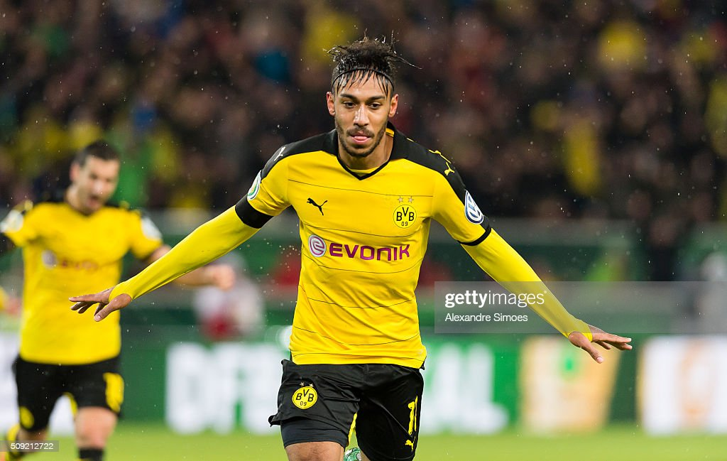 Pierre-Emerick Aubameyang of Borussia Dortmund celebrates scoring the goal to the 1:2 during the DFB Cup match between VfB Stuttgart and Borussia Dortmund at Mercedes-Benz Arena on February 09, 2016 in Stuttgart, Germany.